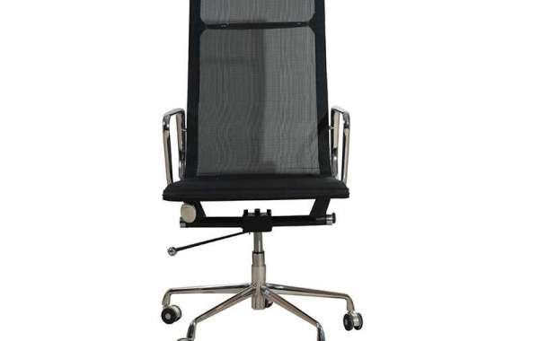 Mesh office chair is very breathable