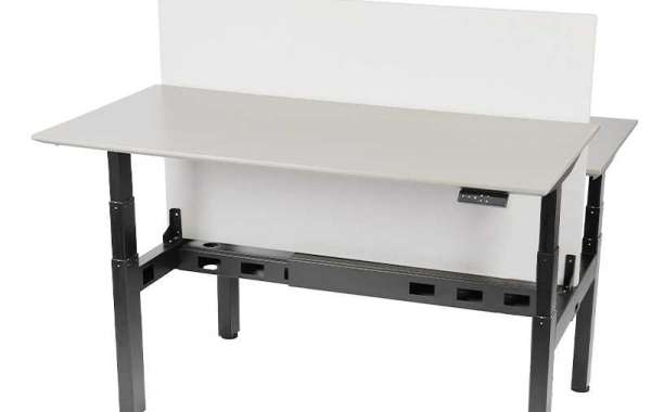 What are the benefits of a adjustable height desk?