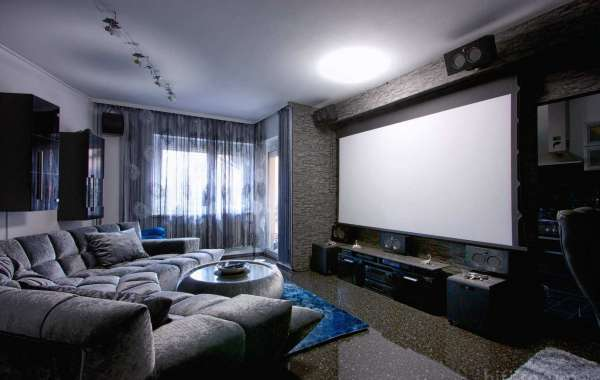 How to create a home cinema in a living room and where to get movies?